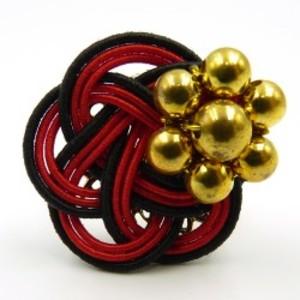 水引細工 指輪 黒×赤 梅結び